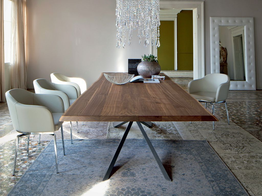 The 10 best family products need for your household-The best dining tables